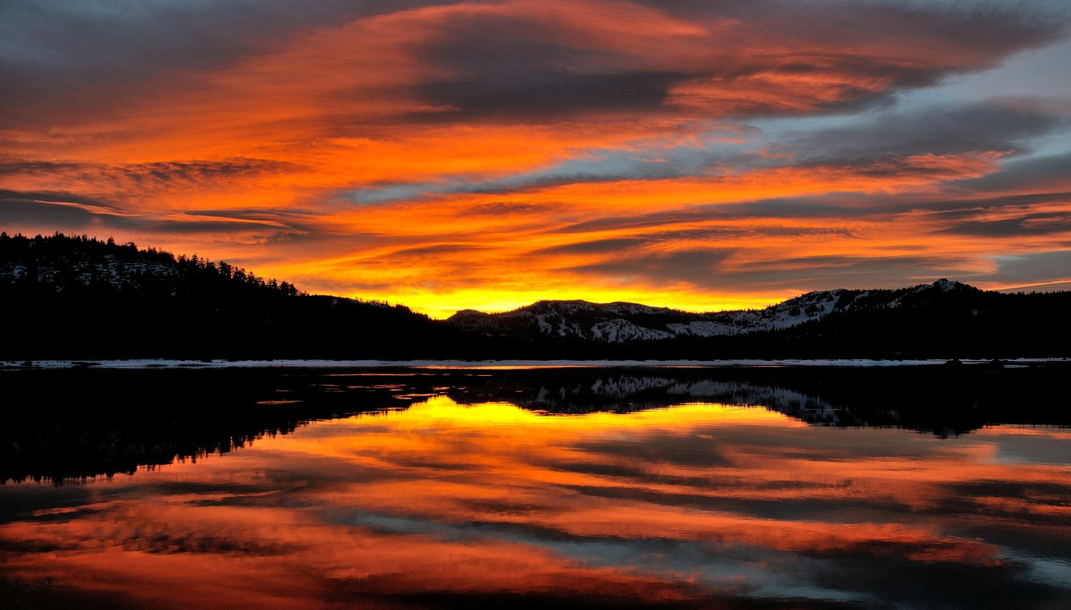 Sunrise over Van Norden Lake-02 10-31-12