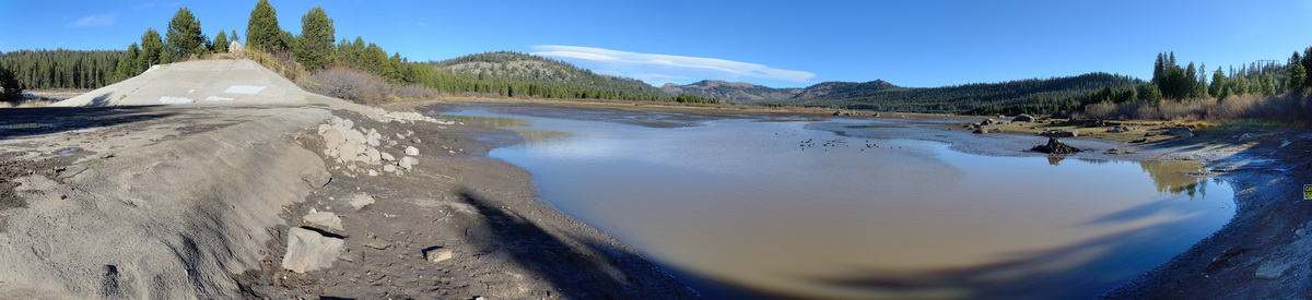 Drained lakebed of Van Norden Dam pano4 10-31-15