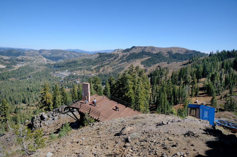 crows-nest-lift-under-constuction-at-sugar-bowl-01-10-2-13